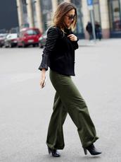 belt,nina @ www.helloshopping.de,blogger,wide-leg pants,khaki pants