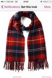 scarf,tartan,red,black,green,winter outfits,me,tumblr