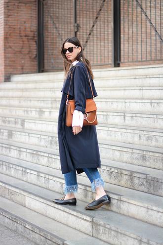 shoes fashion vibe blogger coat shirt bag jeans sunglasses