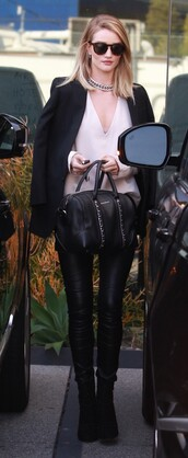 blouse,necklace,rosie huntington-whiteley,leather pants,leather leggings,black blazer,black bag,white top,black boots,model,model off-duty