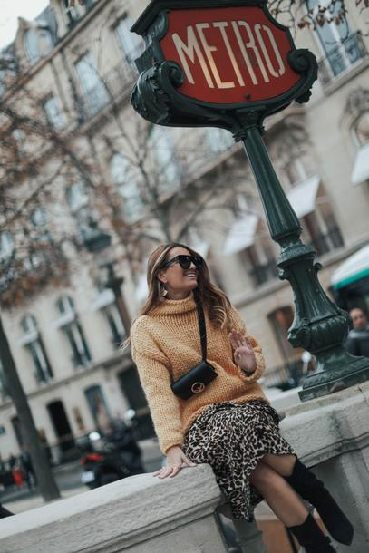 b a r t a b a c blogger sweater skirt shoes sunglasses bag yellow sweater winter outfits