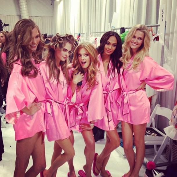 pajamas victoria's secret pink robe