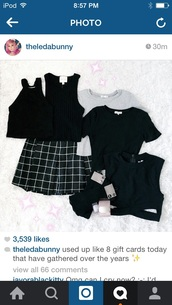top,leda muir,leda monster bunny,leda,crop tops,skirt,black and white,pattern,tumblr outfit,tumblr,grunge