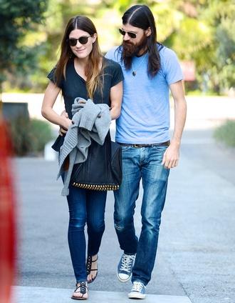 jeans jennifer carpenter casual matching couples couple sunglasses t-shirt blue shirt beard hipster indie tomboy converse minimalist bag