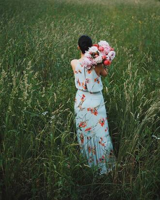 dress tumblr halter neck halter dress maxi dress floral maxi dress long dress summer dress summer outfits flowers