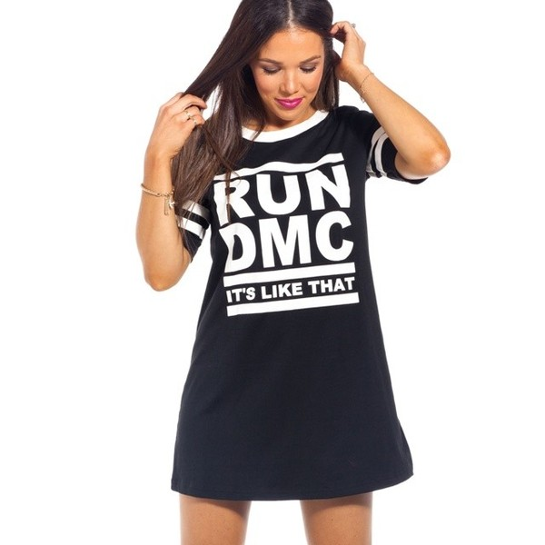 Wear a basic black shirt, pants and jacket. In their heyday, the members of Run-DMC typically wore either black jeans and black jackets, black tracksuits, or coordinating black leather pants and jackets, all worn over a dark T-shirt.