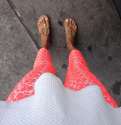 pants,floral,floral pants,orange pants,coral pants,red pants,tory burch,shoes,print pants,pink print pants,pink pants,coral pattern,blouse,white peplum top,coral,pink,bright,fashion,summer outfits,style