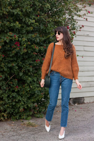 jeans and a teacup blogger sweater bag shoes sunglasses jewels brown sweater pumps shoulder bag