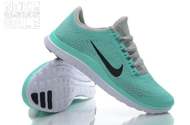 Femmes Nike Formateurs Vert Menthe