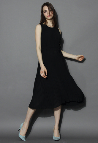 dress chicwish swing black pleated maxi slip dress black dress summer dress pleated maxi dress slip dress chicwish.com
