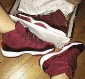 shoes,maroon/burgundy,jordans