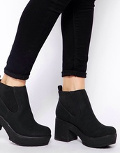 shoes,boots,heeled,black,chunky,size 4,love,fashion