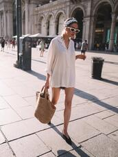 jestem kasia,blogger,shirt,sunglasses,shoes,scarf