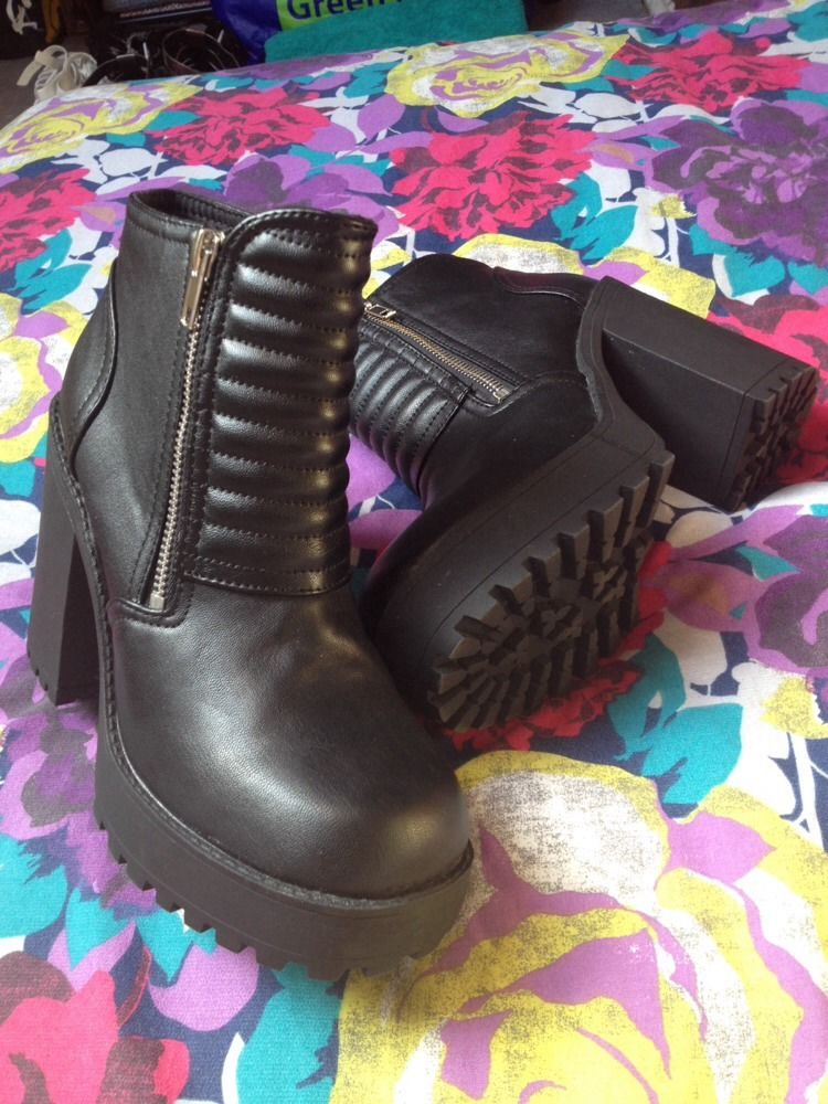 Bnwot h&m chunky heel platform boot 4 black gothic sold out faux leather quilted