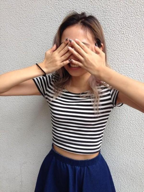 shirt black white stripes cropped sleeves circle skirt blue skirt t-shirt crop skater skirt