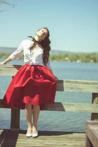 tennessee rose blogger red skirt retro white shirt spring midi skirt