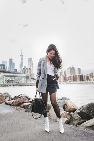 wendy's lookbook blogger top jacket t-shirt bag shoes tights fall outfits blazer white boots handbag