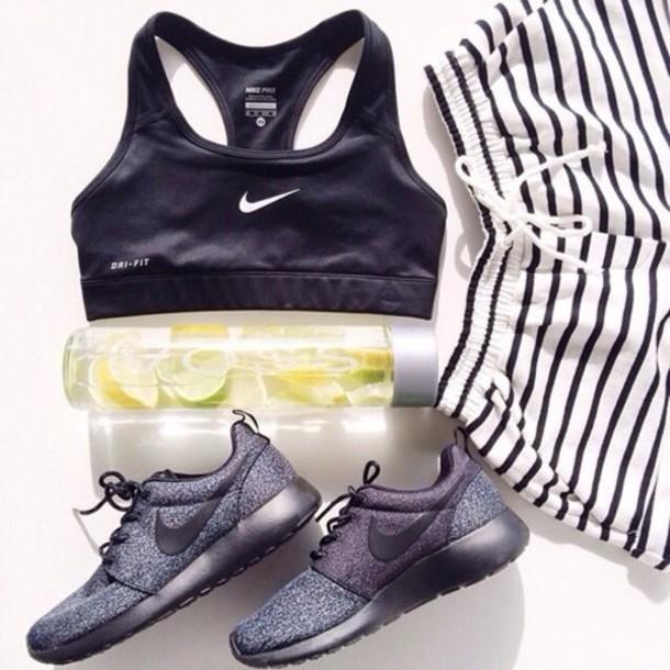 top shorts shoes nike sports bra nike