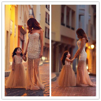 Aliexpress.com : buy 2014 new fashionable wedding&events black v neckline long sleeve lace applique mermaid formal evening gown wedding party dresses from reliable gown boy suppliers on suzhou lovestorydress co. , ltd