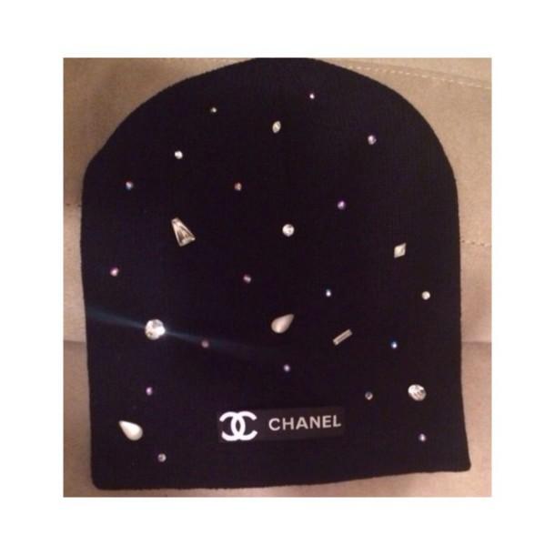 e7ca160b551 chanel chanel inspired chanel black black beanie diamonds tumblr tumblr  girl white sexy beautiful beanie winter