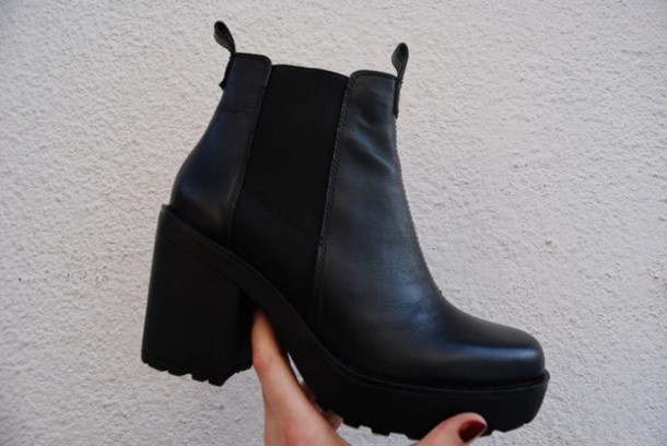 shoes chelsea boots boots black love amazing chelsea boots heeled chunky
