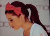 hair accessory,headband,ariana grande