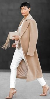 coat,white and beige outfit,beige coat,white and beige,top,white top,pants,white pants,pumps,pointed toe pumps,high heel pumps,louboutin,bag,nude bag,fringes,fringed bag,winter outfits,winter look