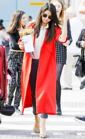 jeans,cuffed jeans,grey jeans,shirt,white shirt,coat,red coat,sunglasses,black sunglasses,selena gomez,celebrity,celebrity style,pumps,pointed toe pumps,animal print