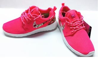 shoes nike nike roshe run hyper pink floral 2015 pink blumen trendy sneakers summer shoes