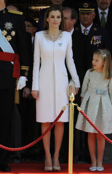 queen coat queen letizia shoes spain
