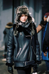 vanessa jackman,blogger,fur hood,winter outfits,black shearling jacket,leather jacket,winter jacket