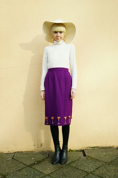 stella's wardrobe blogger sweater pencil skirt purple floppy hat
