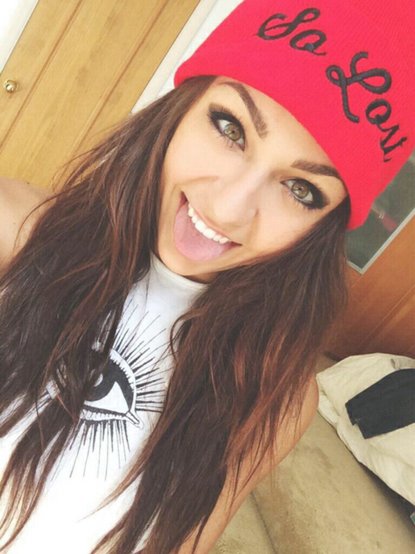 andrea russett youtuber beenie fall outfits top hat shirt