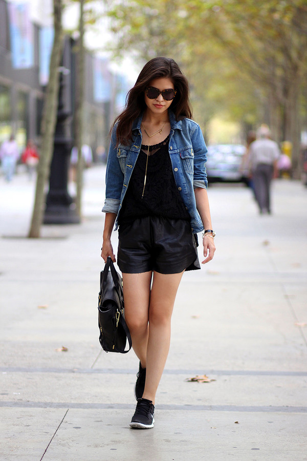 fake leather blogger jacket top sunglasses jewels