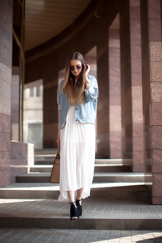 fashion agony blogger peep toe heels white dress spring dress spring outfits denim jacket