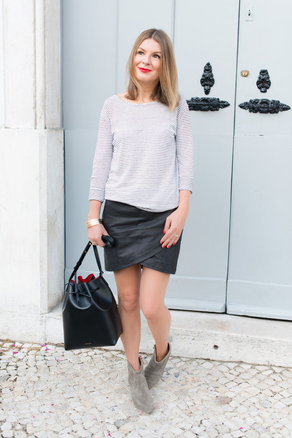 the working girl blogger top skirt jacket bag shoes jewels