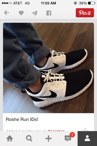 shoes roshe runs black and white mens shoes