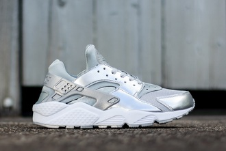 shoes nike huarache silver