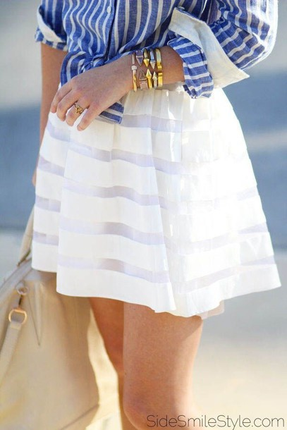 skirt white or pastel colour