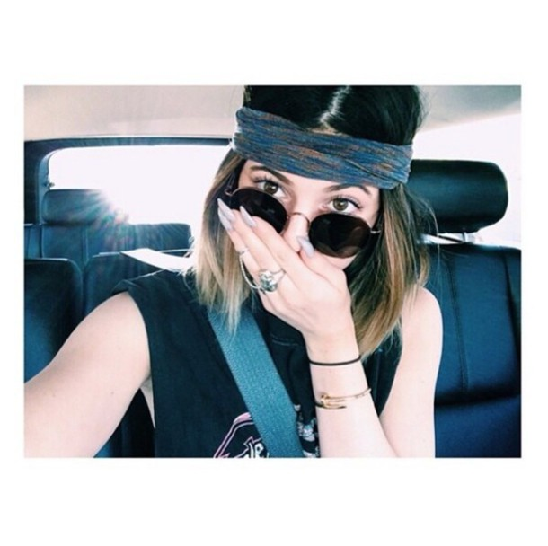 hat sunglasses kylie jenner bandana bracelets top hair dye make-up ring nail polish bracelet stack gold. watch