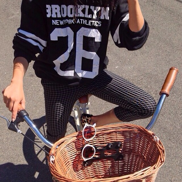 t-shirt sweater oversized sweater autmn spring black t-shirt black white print sunglasses pants shirt shoes leopard print leggings checkered top jacket jumper girl bike cropped pants design tights style