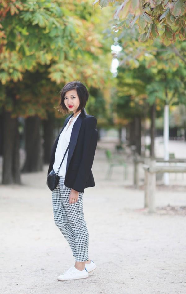 le monde de tokyobanhbao blogger jacket bag make-up jewels shoes