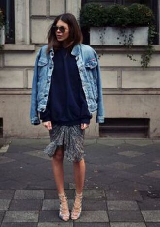 jacket blue sweater denim jacket grey skirt beige strappy sandals blogger sunglasses