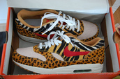 shoes,air max,nike,leopard print,zebra,horse,pig,yellow,orange,fashion,style,new,cool,brand,sapatos,sneakers,sportswear,sporty,real,love,lovely,nice,beautiful,white
