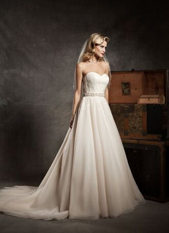 dress wedding dress a_line wedding dress fashion dress tulle skirt chapel train