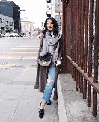 bag tumblr crossbody bag denim jeans blue jeans ripped jeans cropped jeans cardigan grey cardigan scarf