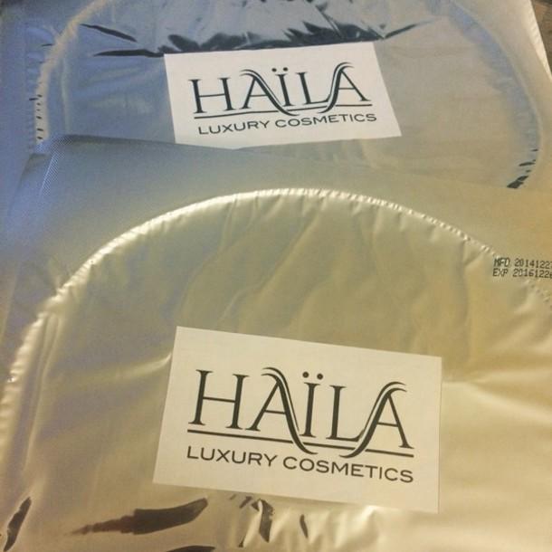 make-up luxury perfect haïla face mask glitter dress jeans jewels