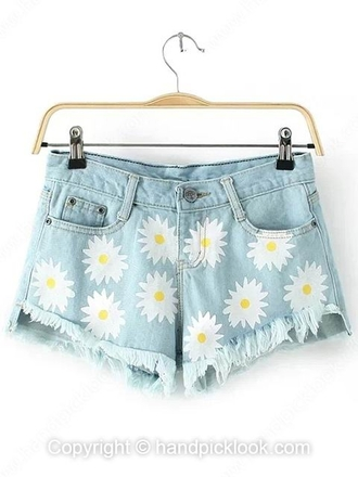 daisy daisies daisy shorts daisy short shorts daisies shorts cutoff shorts light wash light blue light wash shorts denim light wash denim shorts daisy denim cut offs daisy denim shorts