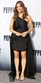 dress,Jennifer Garner,gown,prom dress,one shoulder,sandals,celebrity style