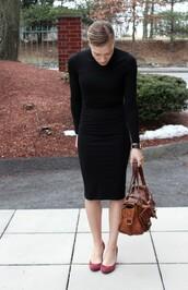 dress,black,bodycon,tight,turtleneck